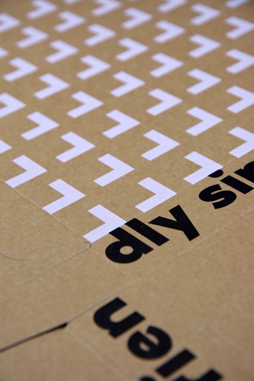 scrummi flat pack box